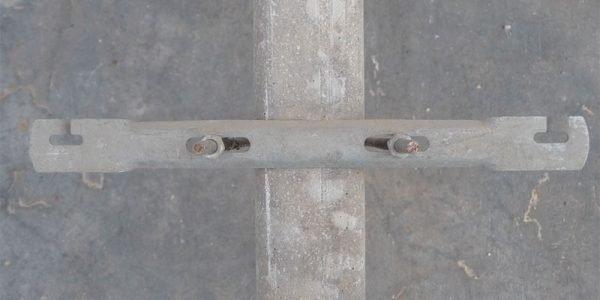 Abstandhalter fest für Pfahl aus Beton