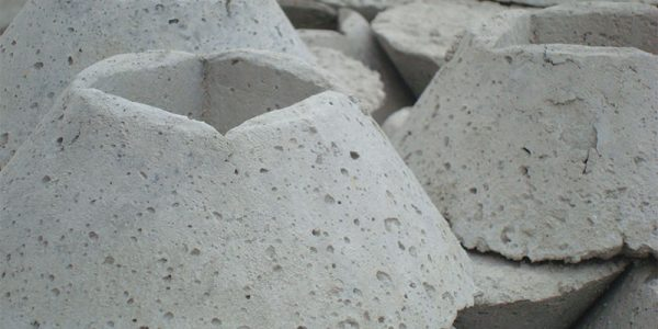 Zoccolo cemento contropalo